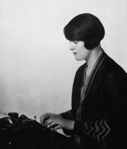 """Dorothy Thompson, the """"First Lady of American Journalism"""" in 1920"""