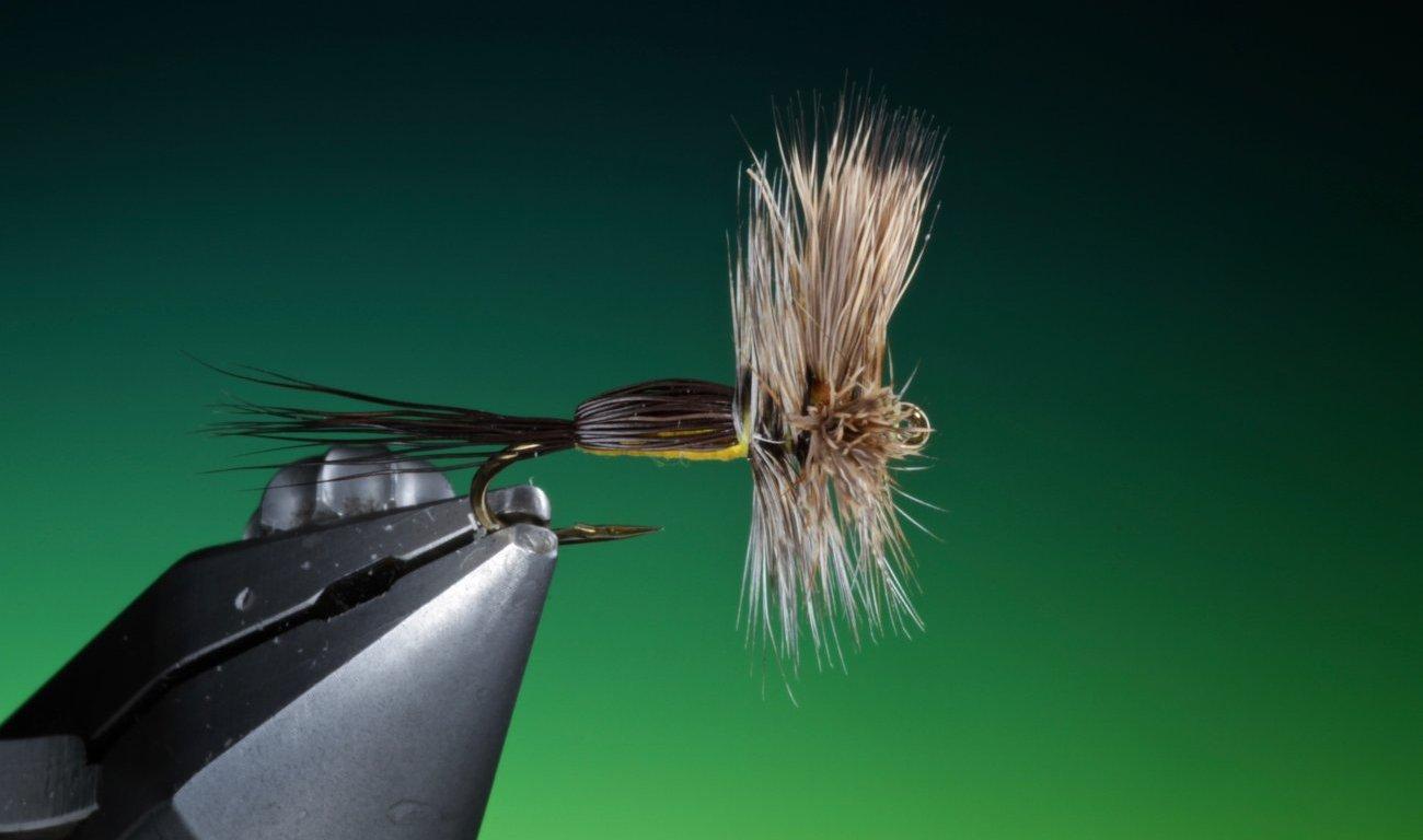 fly tying Humpy dry fly