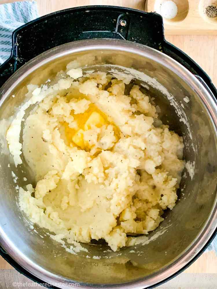 photo of no drain instant pot mashed potatoes