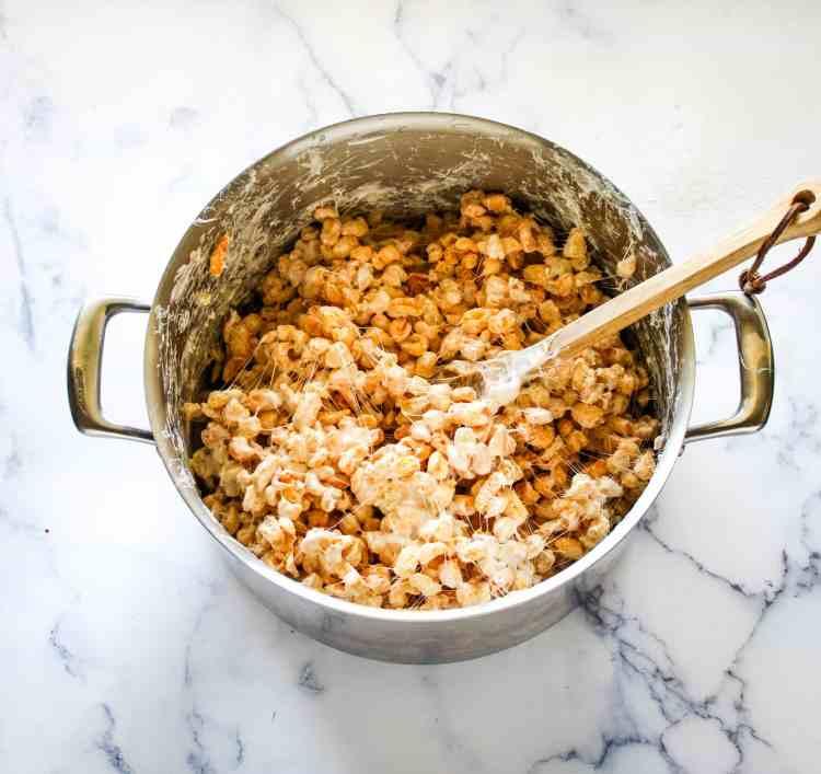 easy marshmallow cereal treats recipe