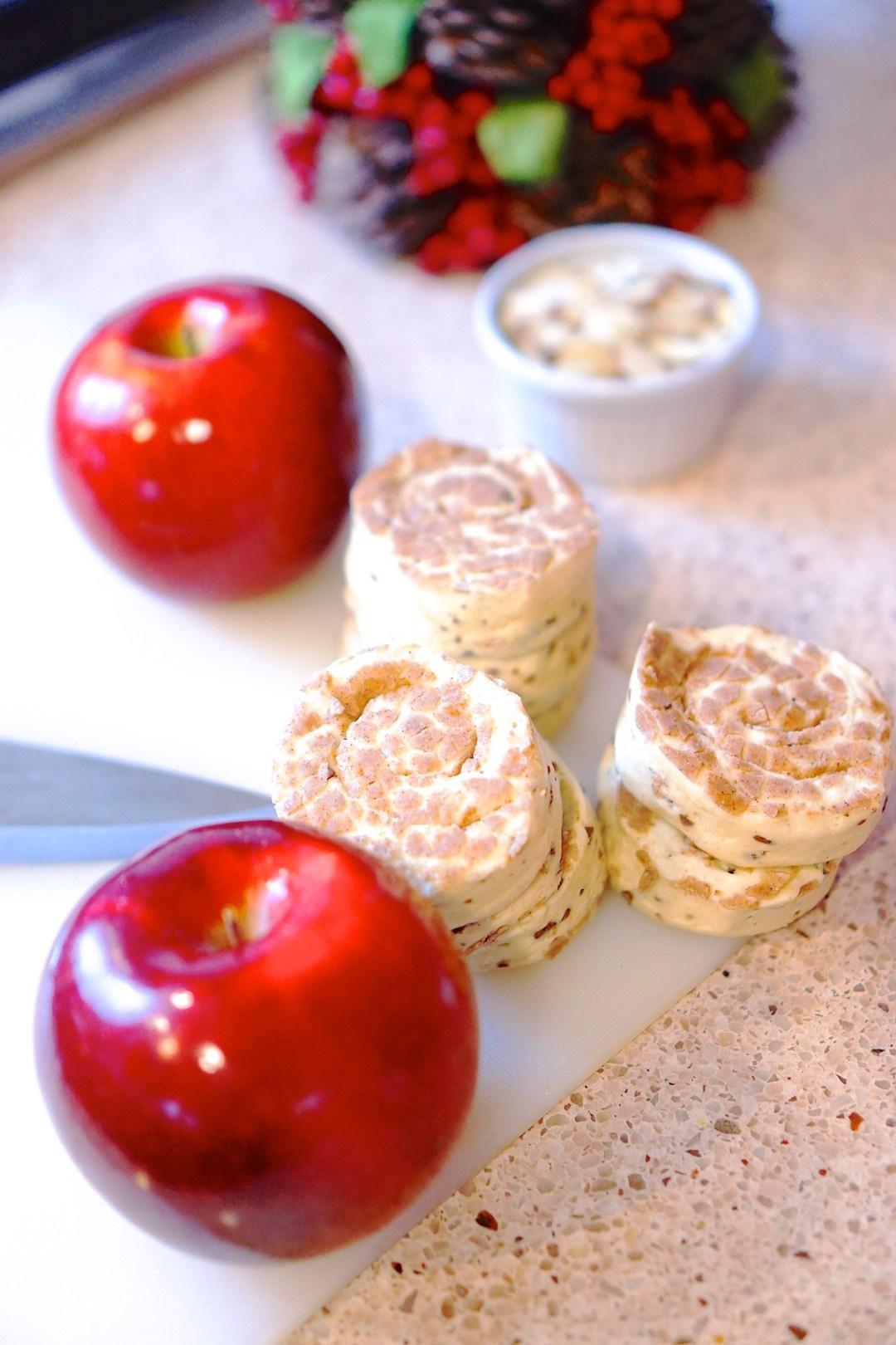 Cinnamon Roll & Almond Stuffed Baked Apples - The February Fox