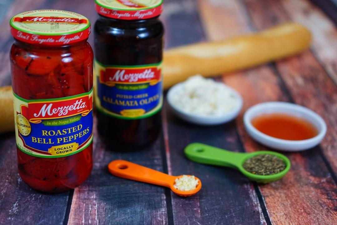 Roasted Red Pepper and Feta Kalamata Olive Tapenade - TheFebruaryFox.com