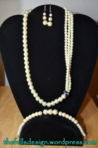Glass pearl statement necklace with matching earrings and bracelet