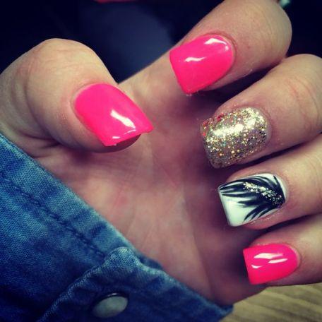 """Chic"" acrylic nails"