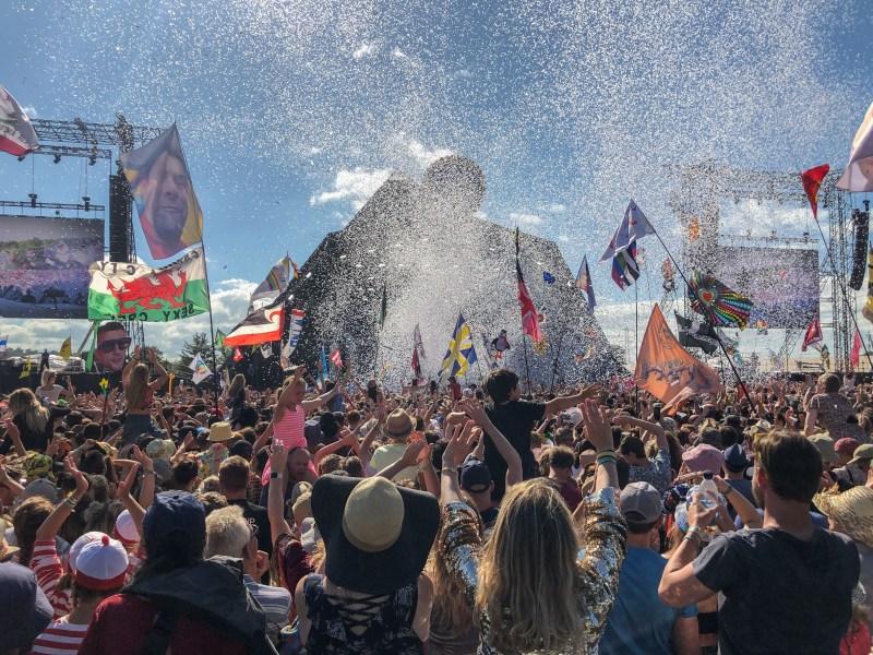 Glastonbury Festival Pyramid Stage Glitter