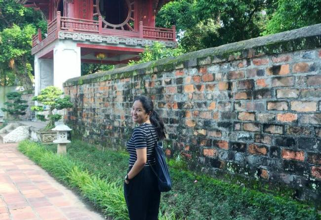 alone-and-starving-on-my-first-day-in-hanoi