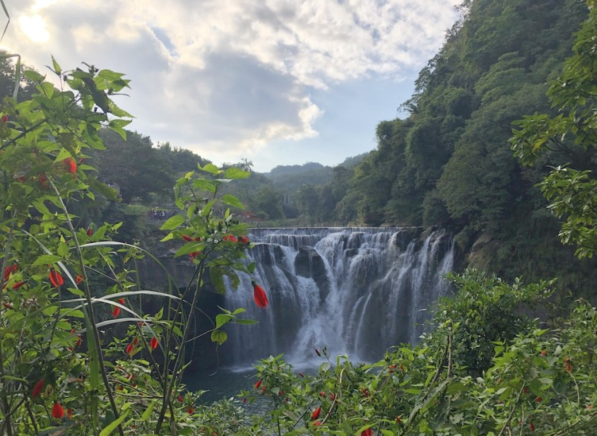 5 Stunning Waterfalls in West and East Asia 1