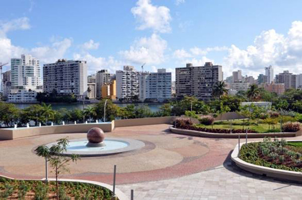 Puerto Rico Conservatory of Music's green roof/plazaimage: Olga Angueira
