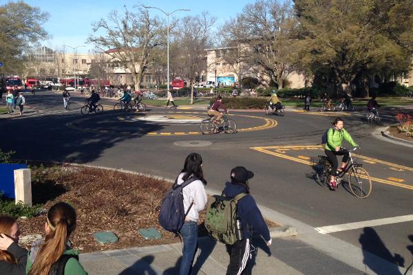 Bike circle at Hutchison Drive and California Avenue image: Skip Mezger