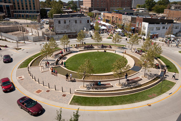 Image 7: Uptown Normal's Circle Project   image: Hoerr Schaudt