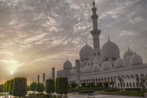 Abu Dhabi Grand Mosque Image Source: lam_chihang, Flickr, Creative Commons