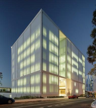 The Westmead Millennium Institute. Image: John Gollings