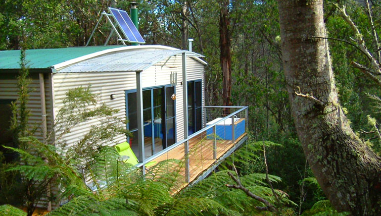 Big-Tree-Cabin-Huon-Bush-Retreats