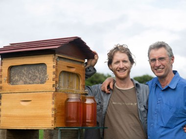 Cedar Anderson (left) and Stu Anderson with a Flow Hive