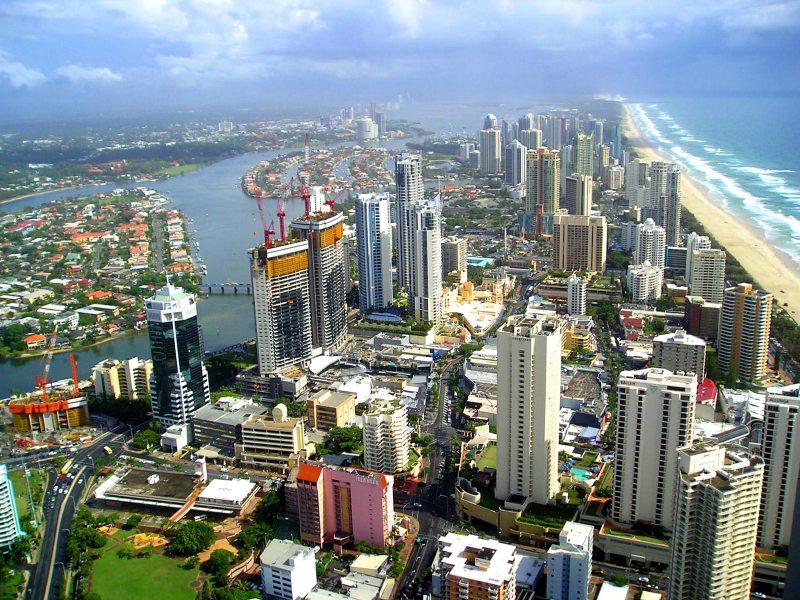 urban sprawl, gold coast