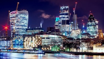 London city buildings at night