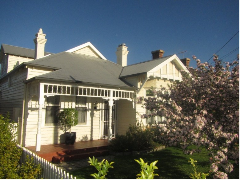 Front of melbourne house