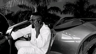 Photo of Whether I'm Into Politics Or Not, It's Still A Happy Day – Sarkodie Clears The Air About His Happy Day Song?