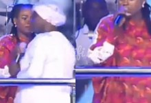 Photo of Cicilia Marfo Snatches Mic From Joyce Blessing, Tells Her To Go Back To Her Husband