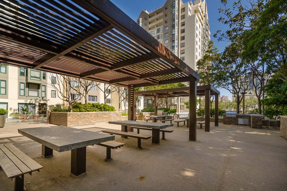 the fillmore center outdoor kitchen and picnic area