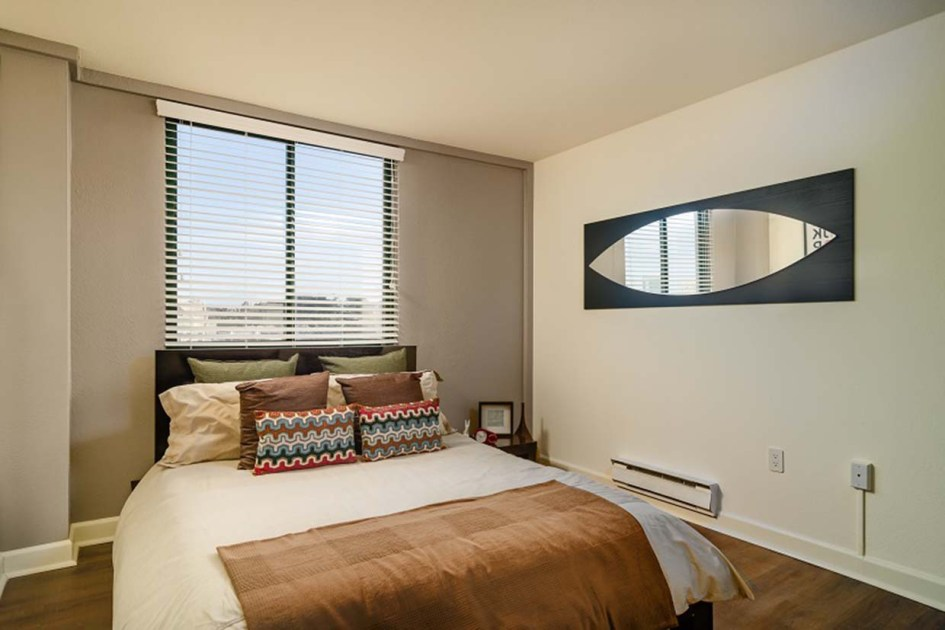 the fillmore center bedroom