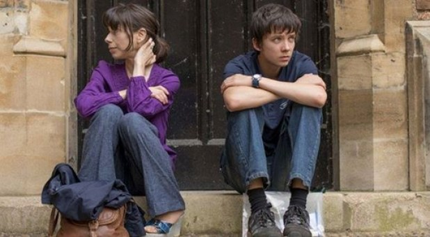 """Blue Valentine"" Sally Hawkins und ""Hugo´s"" Asa Butterfield in ""X + Y"""