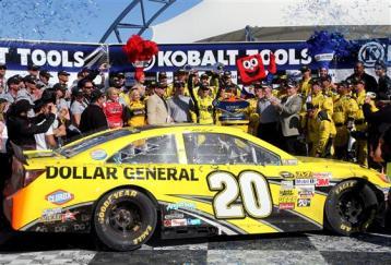 NASCAR_NSCS_KOBALT400_Matt_Kenseth_Win_Victory_Lane_031013