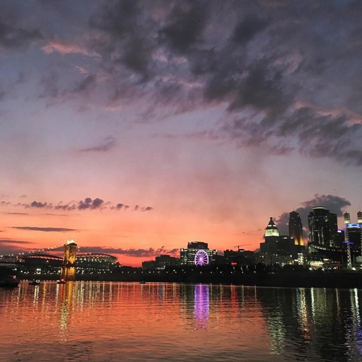 Travel Guide: Cincinnati, Ohio.