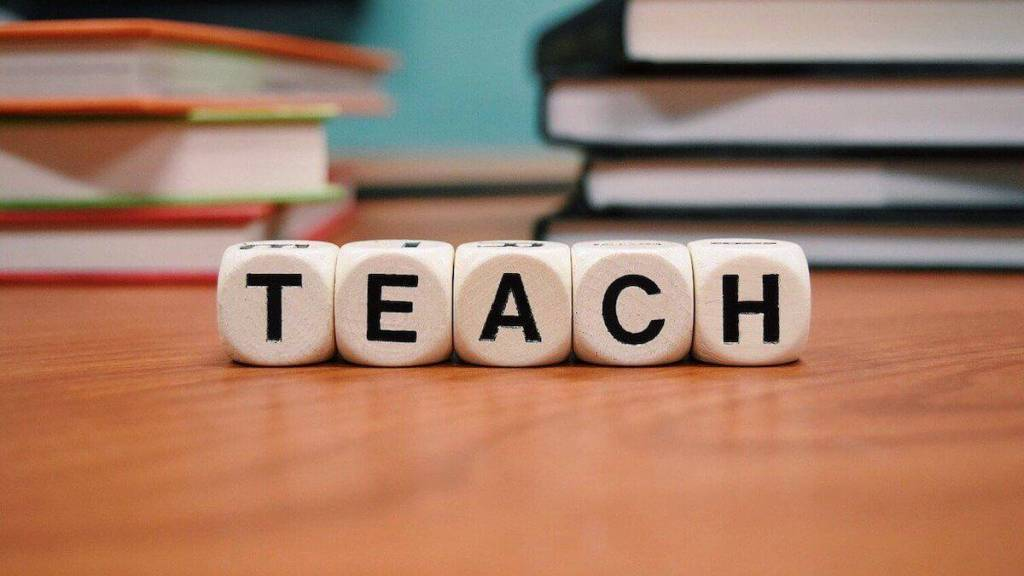 teaching is one of the best side hustles in 2020