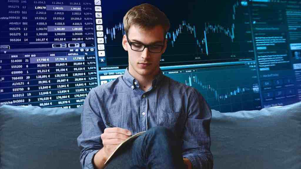a stock trader selling covered calls for weekly or monthly income