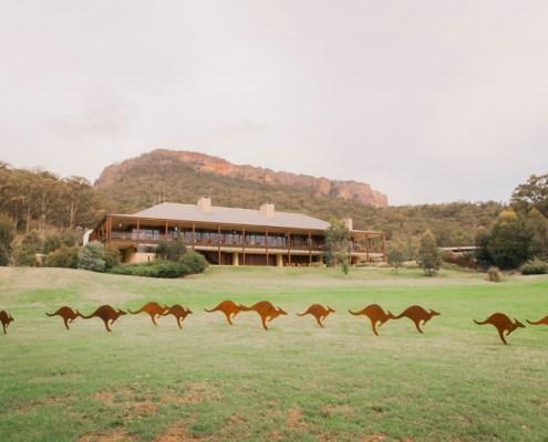 kangaroos, Wolgan Valley, Blue Mountains, One&Only Wolgan Valley, sculptures