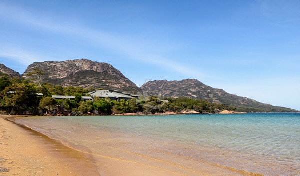 Freycinet Coastal Pavilion, Tasmania, luxury walks,