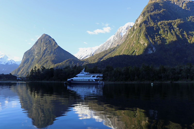 Milford Sound, Fiordland Discovery, Pure New Zealand, Helen Hayes