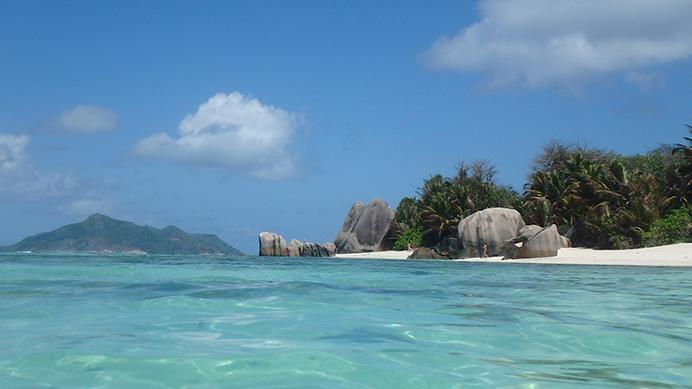 La Digue, Source d'Argent, sailing, Helen Hayes