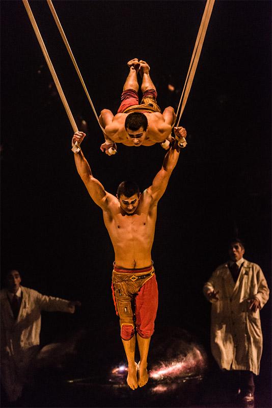 Aerial Straps, Cirque du Soleil, Kurios