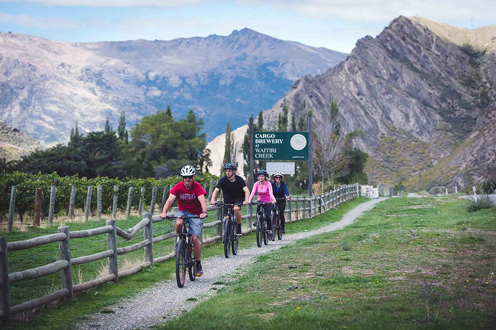 The Rees, cycling, Queenstown, Pure New Zealand, New Zealand