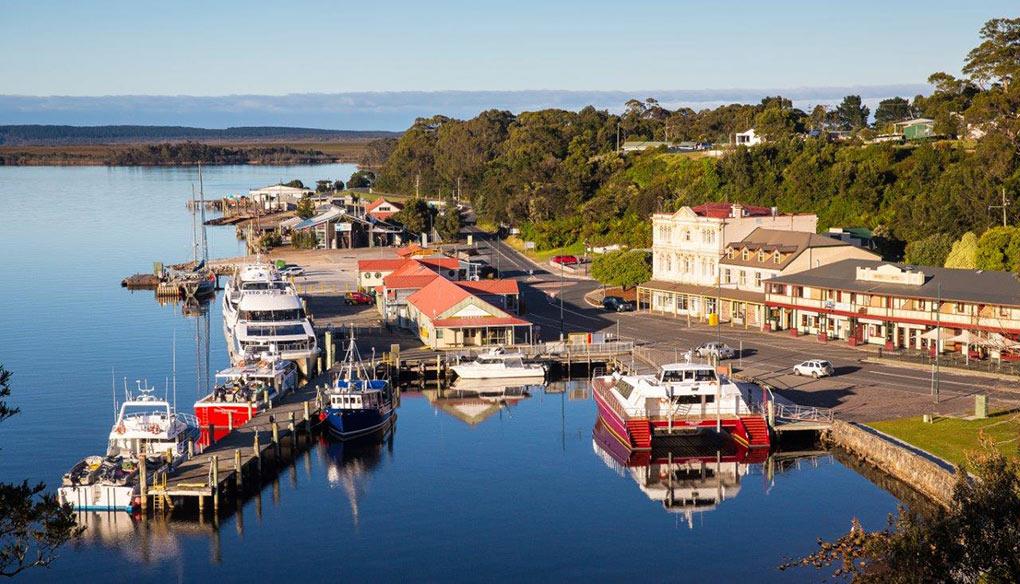 Tourism Tasmania, Strahan, Renaissance Tours