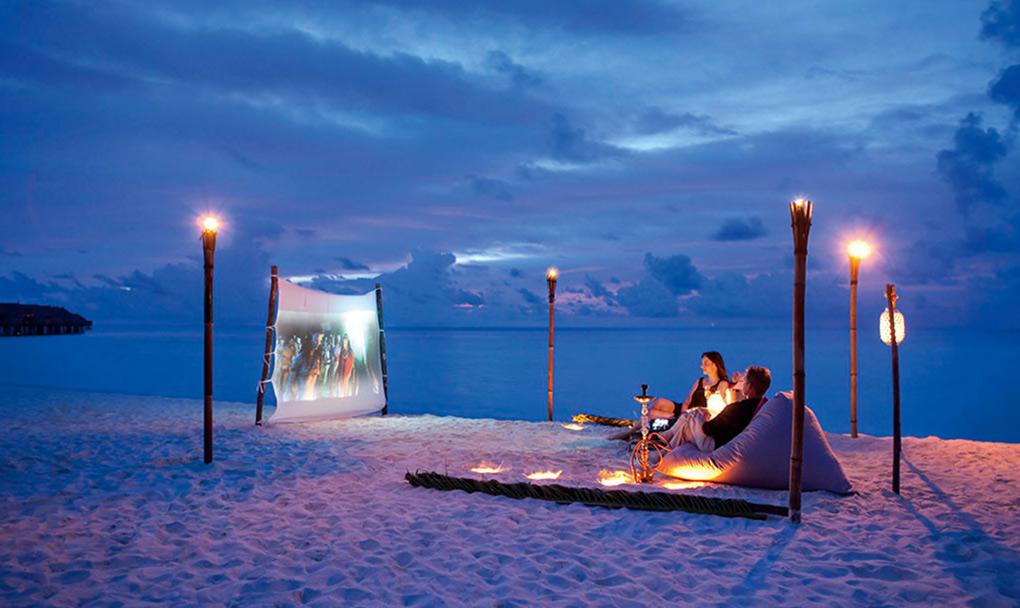 Moofushi, beach cinema, The Maldives, movies on the beach