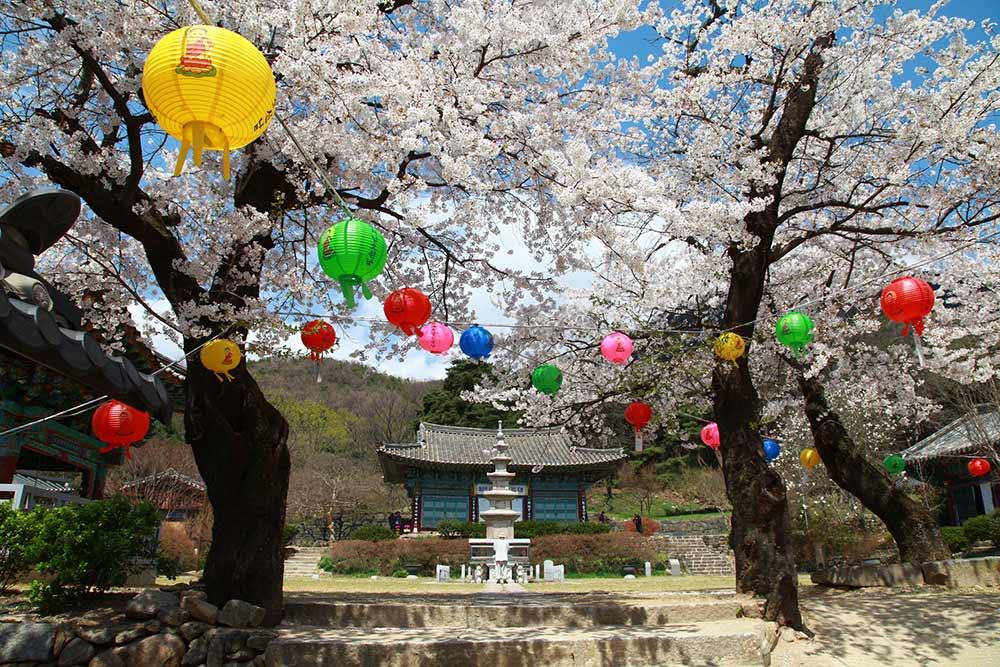 Sinwonsa Temple, Gongju, South Korea