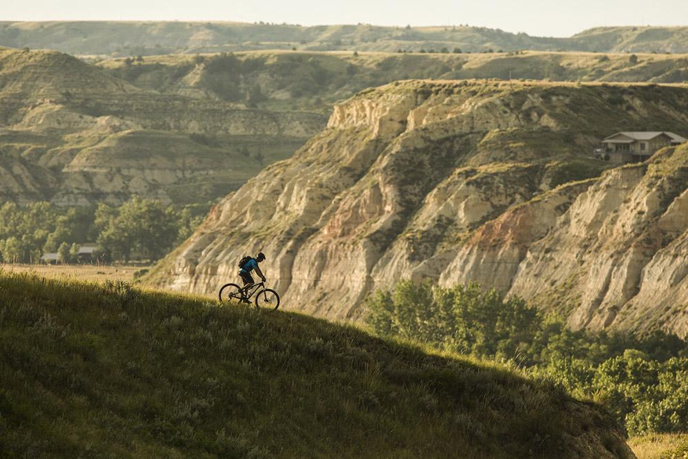 Maah Daah Hey Trail, North Dakota, Be Legendary, Great American West