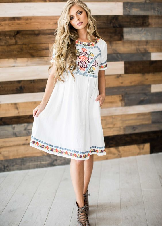 timeless embroidered dress. Casual Womens Fashion and Womens Cool Trending Clothes, Dresses. #womensfashion #womensdress #summeroutfit #casualoutfit