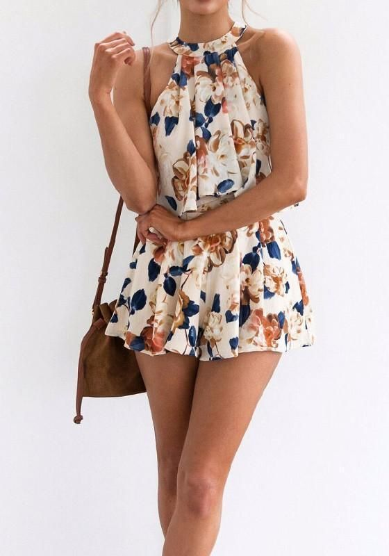 floral short spring-jumpsuits and rompers. Casual Womens Fashion and Womens Cool Trending Clothes, Dresses. #womensfashion #womensdress #summeroutfit #casualoutfit