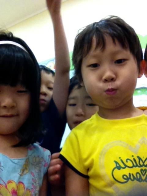 teaching english at a hogwan vs public school in Korea