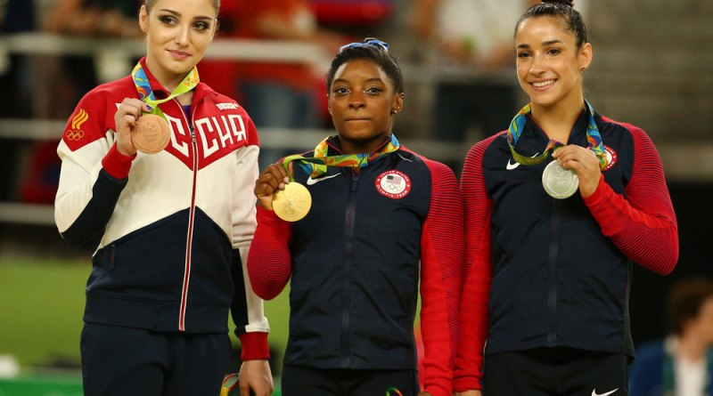 Olympic gymnast Simone Biles gets criticised for six pack abs