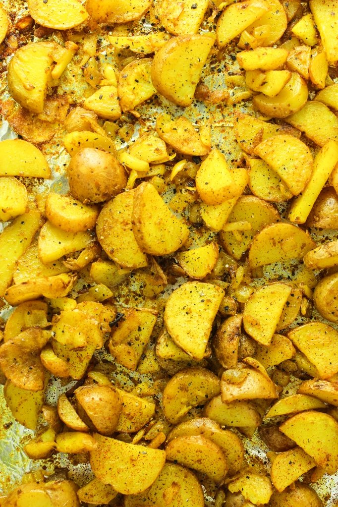 Crispy Turmeric Roasted Potatoes