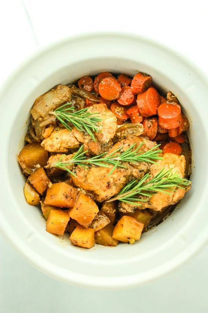 Crockpot Balsamic Dijon Chicken and Vegetables – This is such an easy, go-to dinner recipe! Throw chicken thighs, potatoes and carrots (or veggies of you choice!) into the crockpot, pour in the sauce and let it cook!