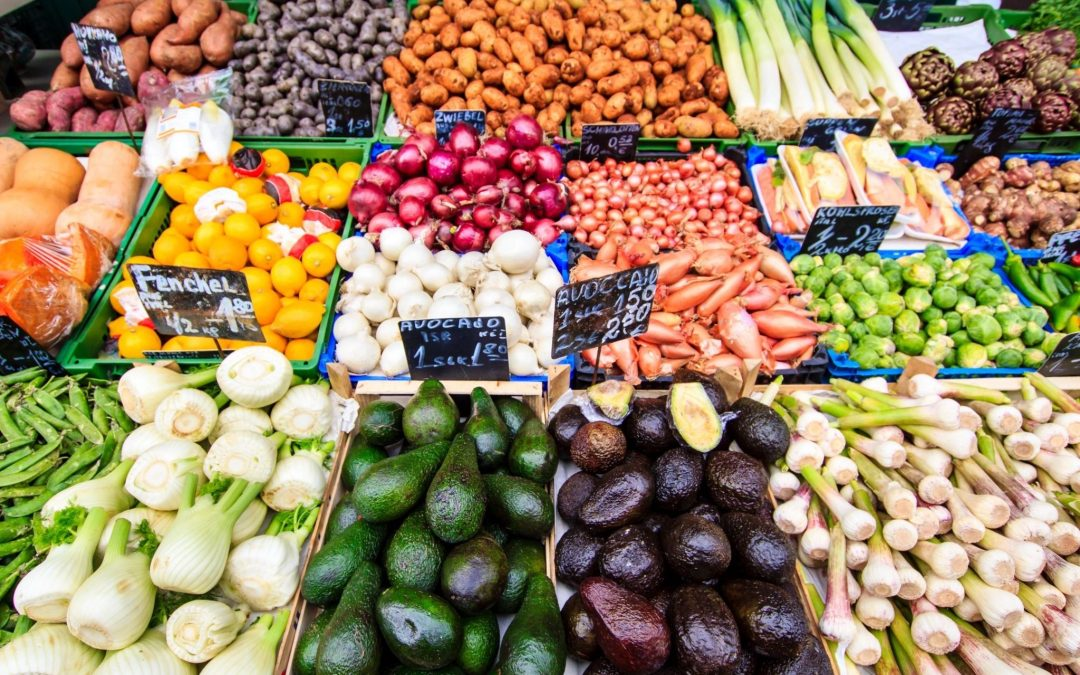 9 Tips on How to Get Your Family to Eat More Fruits and Vegetables