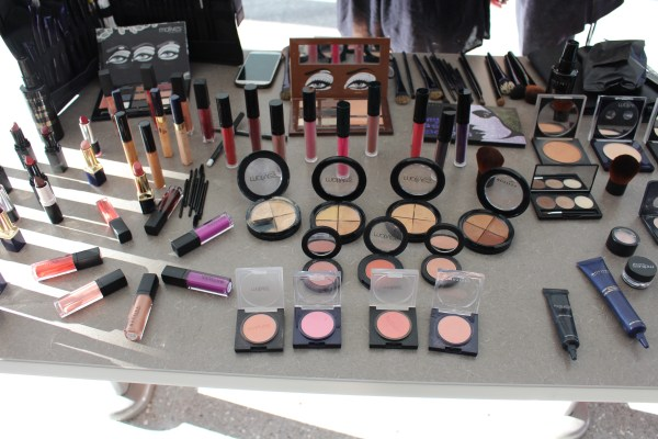 motives makeup party