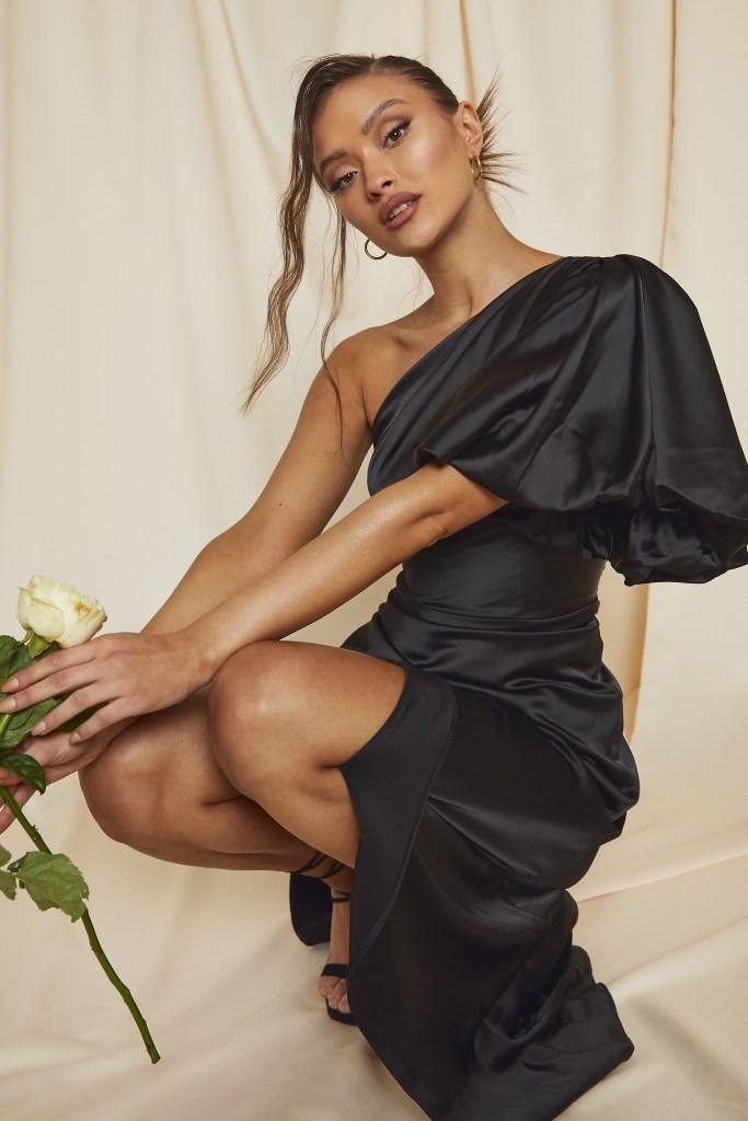 Puff shoulder maxi dress