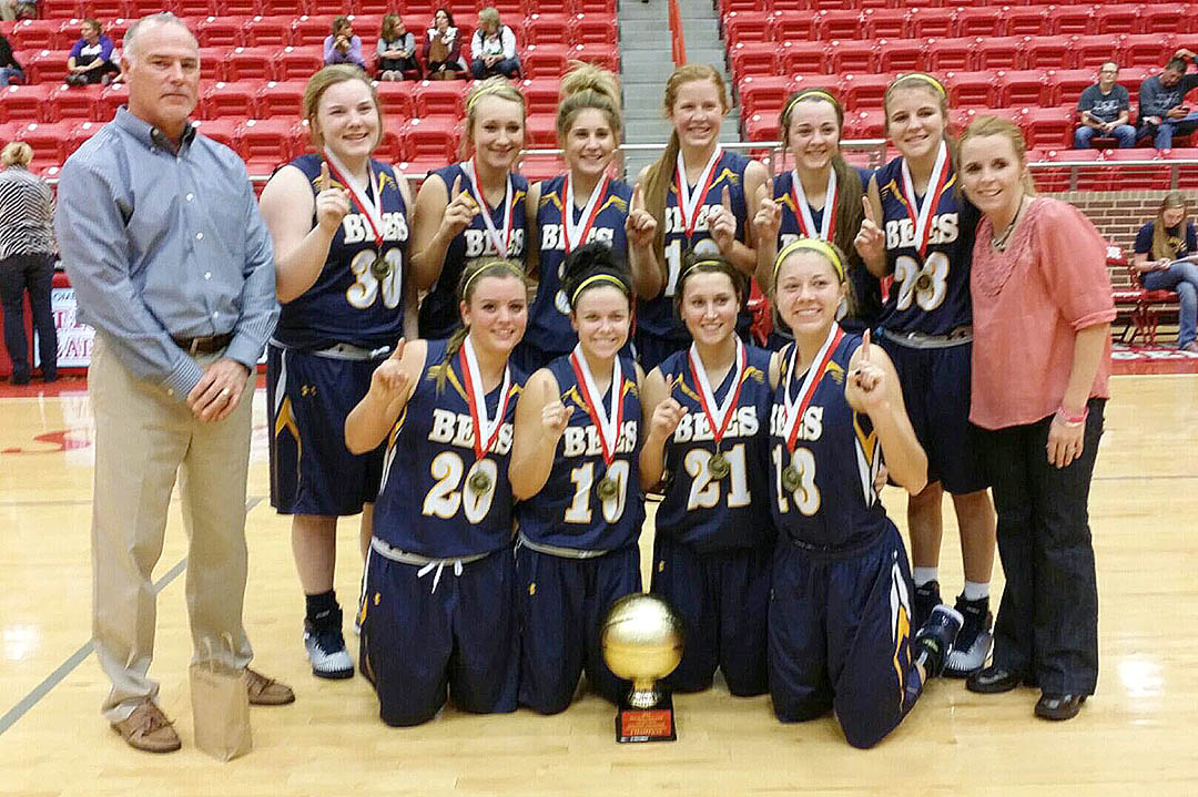 The Stephenville Honeybees are a perfect 9-0 after winning the championship in a tournament hosted by the Glen Rose Lions club. || Photo by RUSSELL HUFFMAN
